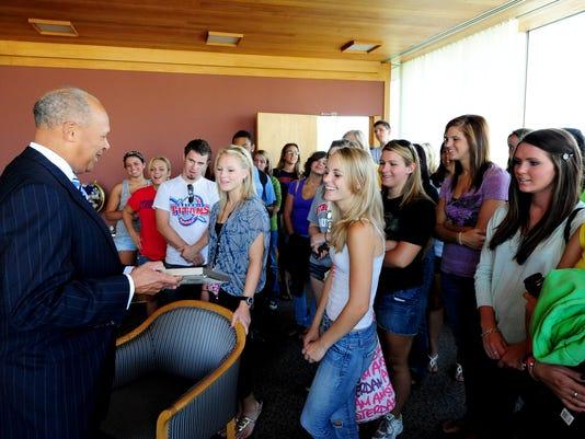 President Garibaldi greet freshman to UDM