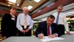 Governor Chris Christie vetoes Assembly Bill No. 15,