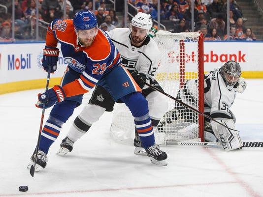 Kings_Oilers_Hockey_86185.jpg