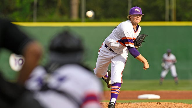 Northwestern State's Dan Hlad throws a pitch during Tuesday's game with Miss. Valley.