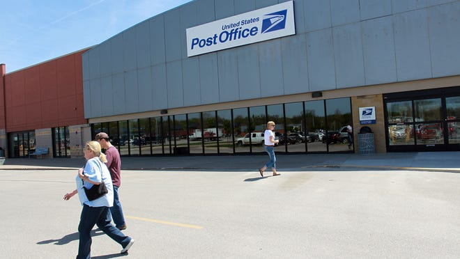 Iowa City's new post office is seen at Pepperwood Plaza on Tuesday, April 28, 2015.