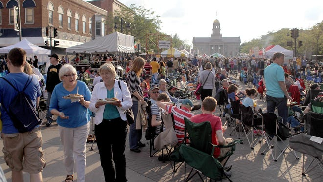 Iowa City Arts Fest is in full swing in this 2013 file photo.