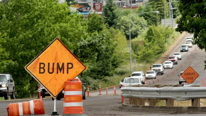 Past road construction near the intersection of Kuebler Blvd. and Interstate 5 in Salem on Wednesday, June 3, 2015.