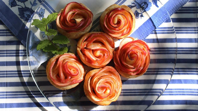 Apple Roses in puff pastry.