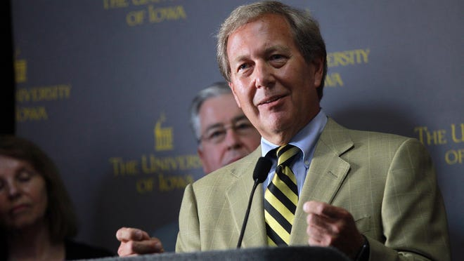 Newly-appointed University of Iowa President Bruce Harreld speaks to media at the Iowa Memorial Union on Thursday, Sept. 3, 2015.