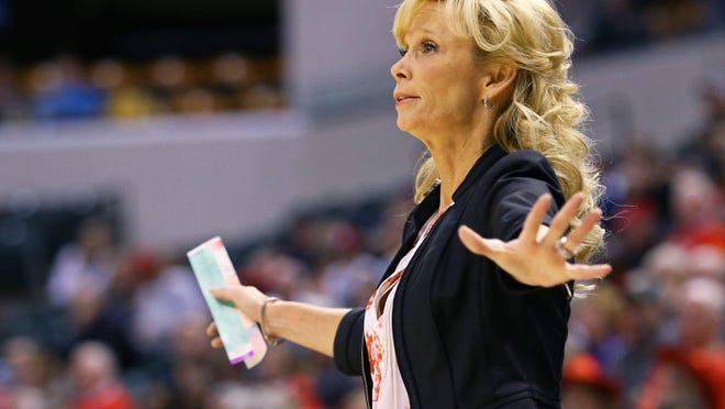 Michigan State coach Suzy Merchant works the bench against Maryland in the first half of MSU's 100-89 loss in the Big Ten women's tournament semifinal Saturday in Indianapolis.