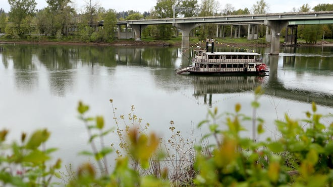 The Willamette Queen will host history cruises every other week July 20-Sept. 7.