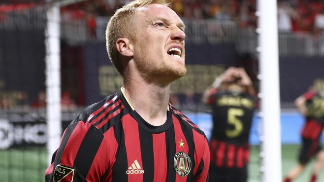 Atlanta United midfielder Jeff Larentowicz is among the players who criticized the MLS' threat of a potential lockout.