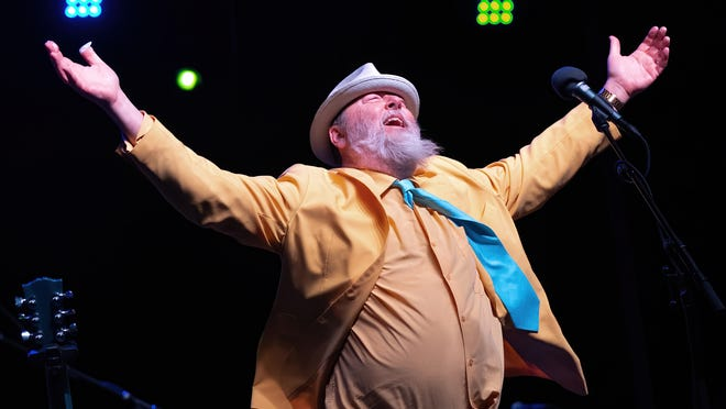 """Kevin Russell brings Shinyribs to the Paramount on Friday for a celebration of the band's new album """"Late Night TV Gold."""""""