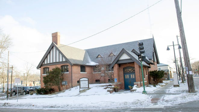 The Unitarian Universalist Society has voted to move from its building in downtown Iowa City.