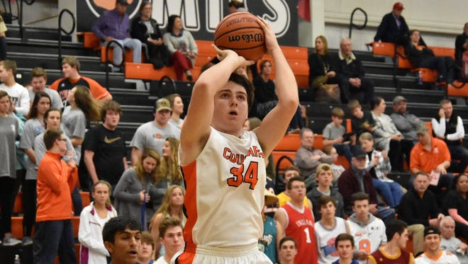 Barr Ellenburg and the MTCS boys basketball team advanced to the District 9-A finals.