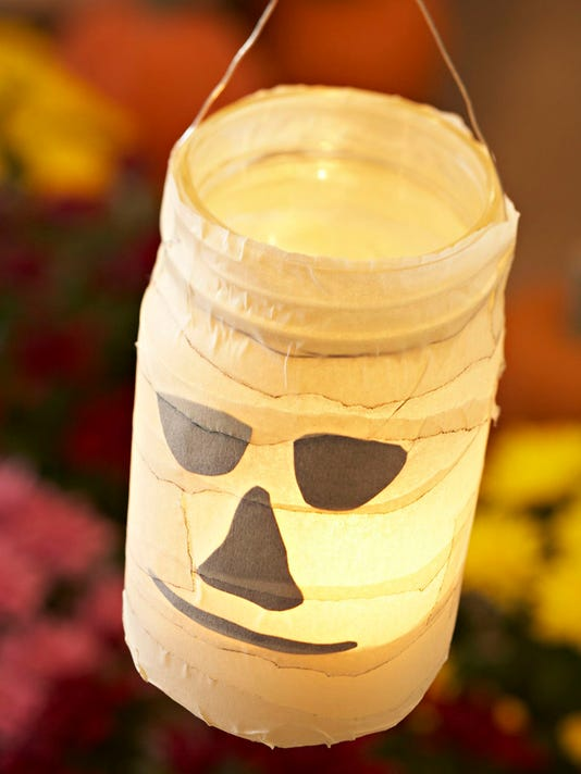 bbbBC-US--Crafts-Halloween Luminaries-ref.jpg