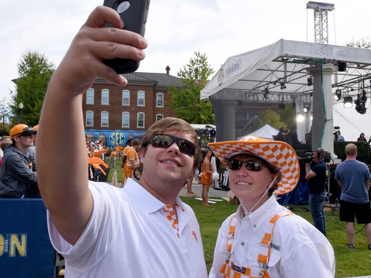 Matthew and Amy Gammel make a selfie during the SEC Nation show at UT Ayers Hall Saturday, Sep. 30, 2017 before the Tennessee vs. Georgia game.