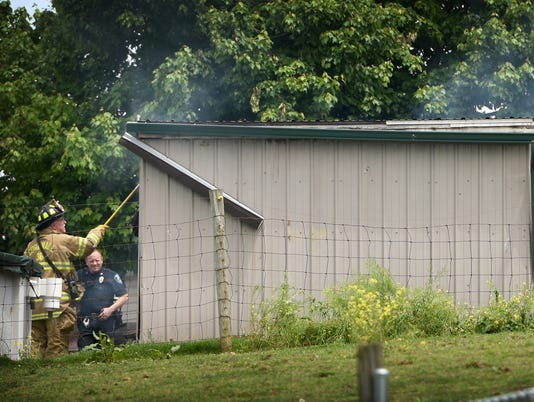 ldn-mkd-052216-shed fire-