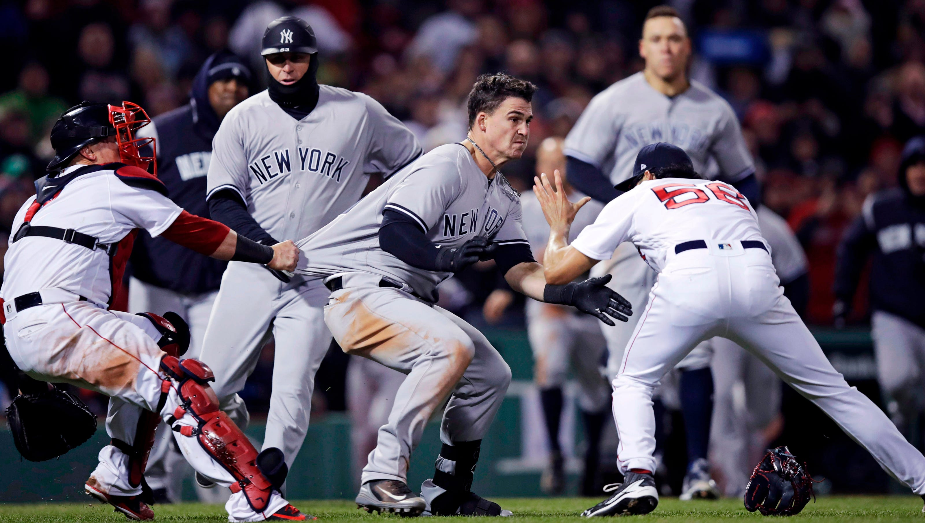 New York Yankees Red Sox To Play Two Games In London Next Year