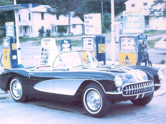 Bill Turner's vintage 1957 Corvette.