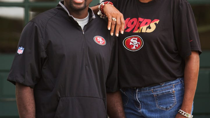 San Francisco 49ers assistant coach Roy Anderson reveres his Fort Myers roots
