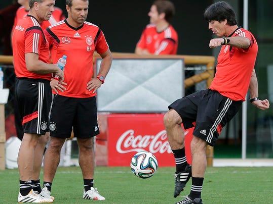 Brazil Soccer WCup Ge_Holl (2).jpg