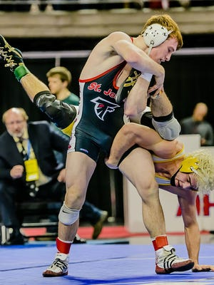 Weeks after winning a Division 2 individual wrestling title, St. Johns' Bret Fedewa announced that he's committed to Central Michigan University.