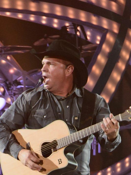 Garth Brooks World Tour Opening Night - Rosemont, IL