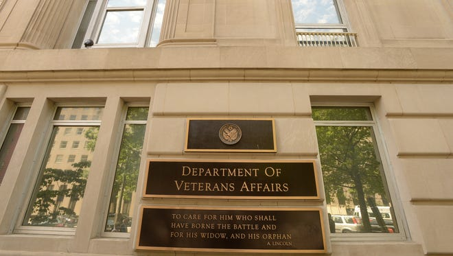 Documents obtained by USA TODAY show a VA struggling to care for veterans has 40,000 medical job openings.