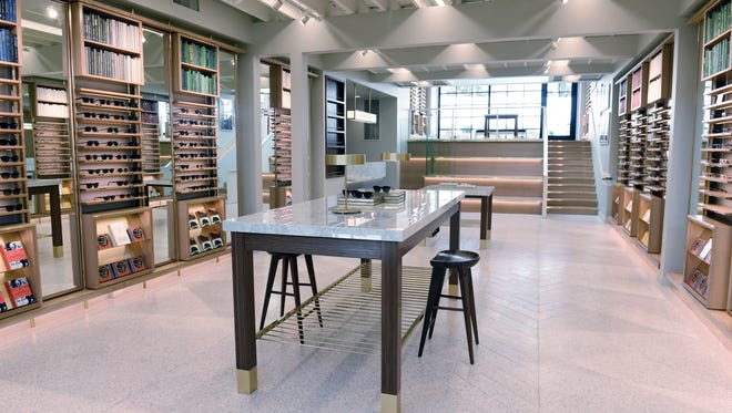 Warby Parker is opening its brick-and-mortar Nashville store in Edgehill Village.