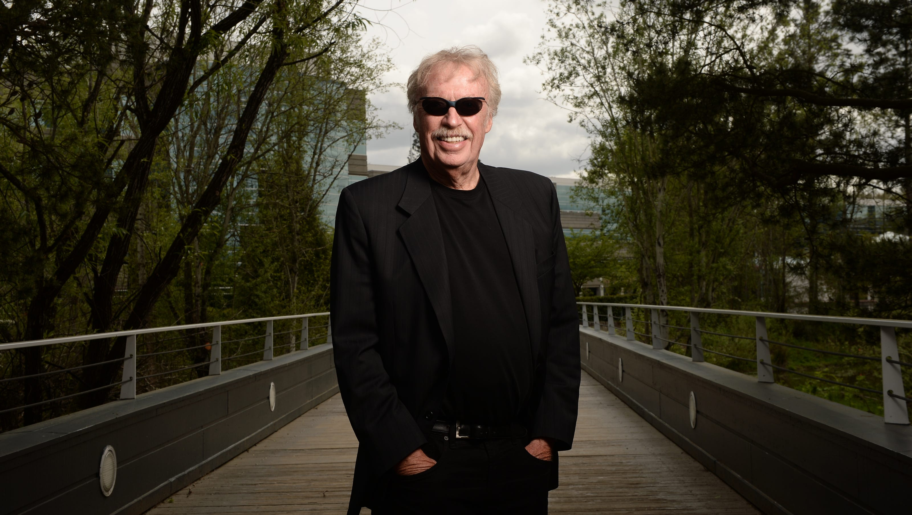 Pasado Nueve Pórtico  Nike founder Phil Knight worries that nation is losing its entrepreneurial  edge