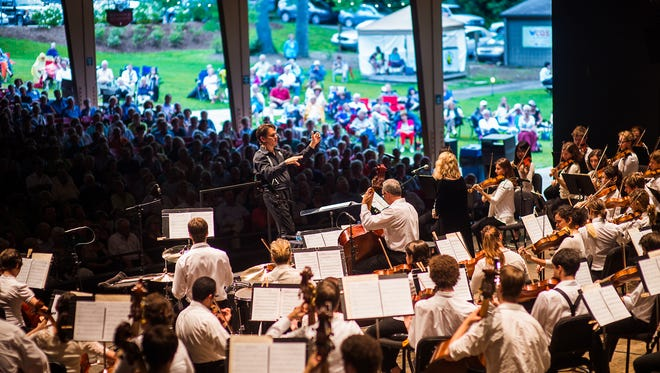Keith Lockhart conducts the Brevard Music Center orchestra.