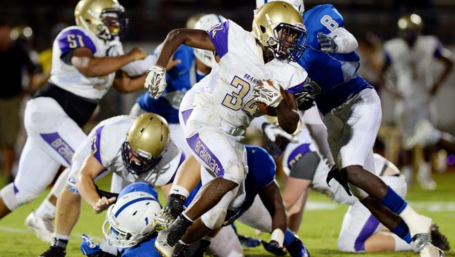 Running back Lamar Williams and the Brahmans are looking for a second consecutive playoff berth.