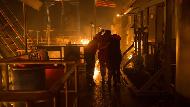 'Deepwater Horizon' weaves a human tale into its action story.