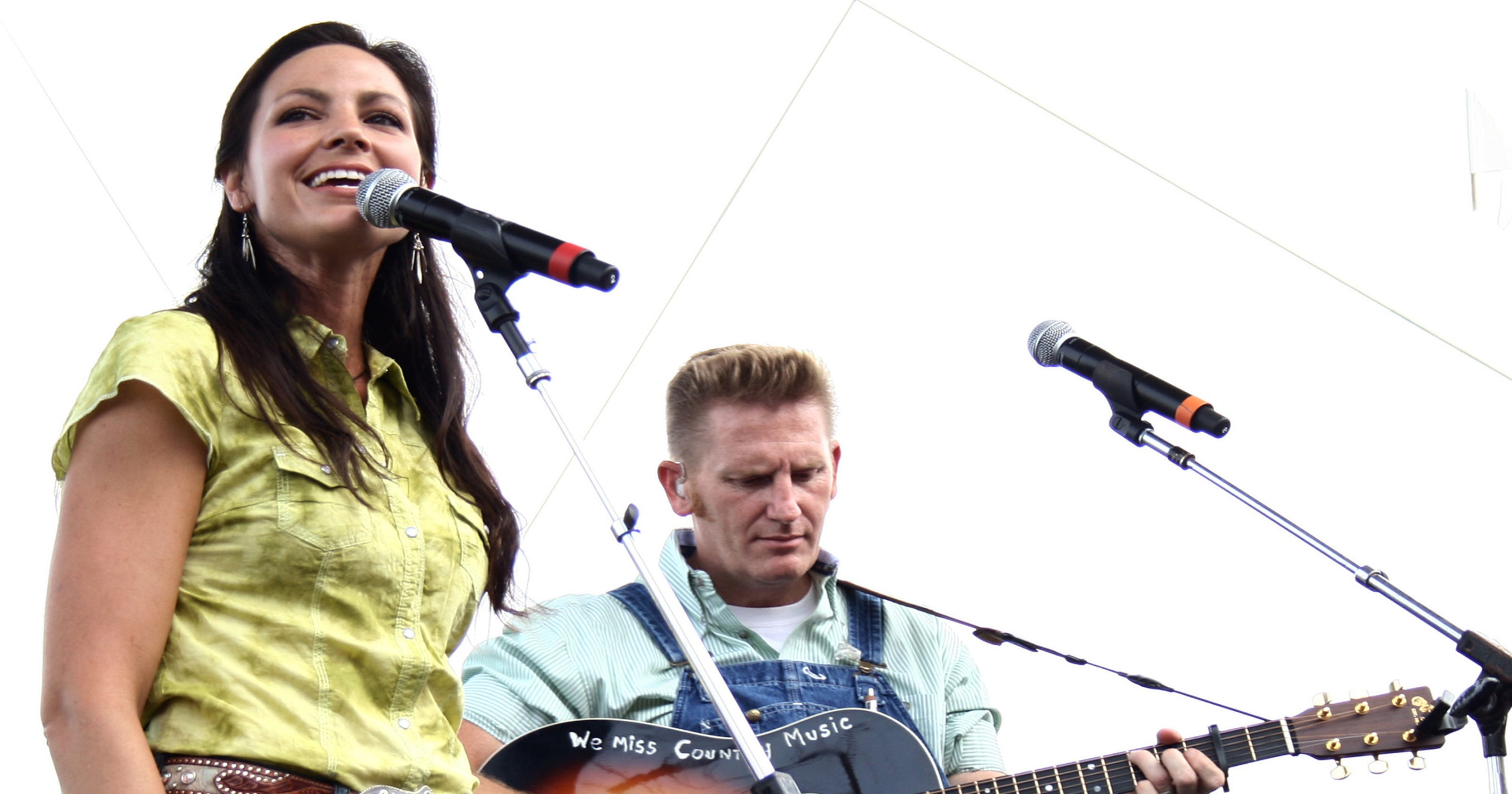 Rory Feek makes video tribute for his wife, Joey
