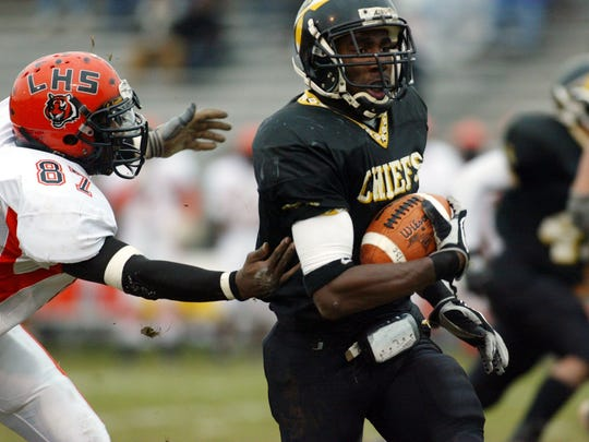 Malcolm Jenkins playing for Piscataway High School