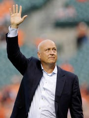 Former Baltimore Oriole Cal Ripken, Jr., acknowledges