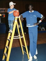 """Some have attributed the popularization of """"my bad"""" to the late Minute Bol, the 7-foot, 7-inch NBA center."""