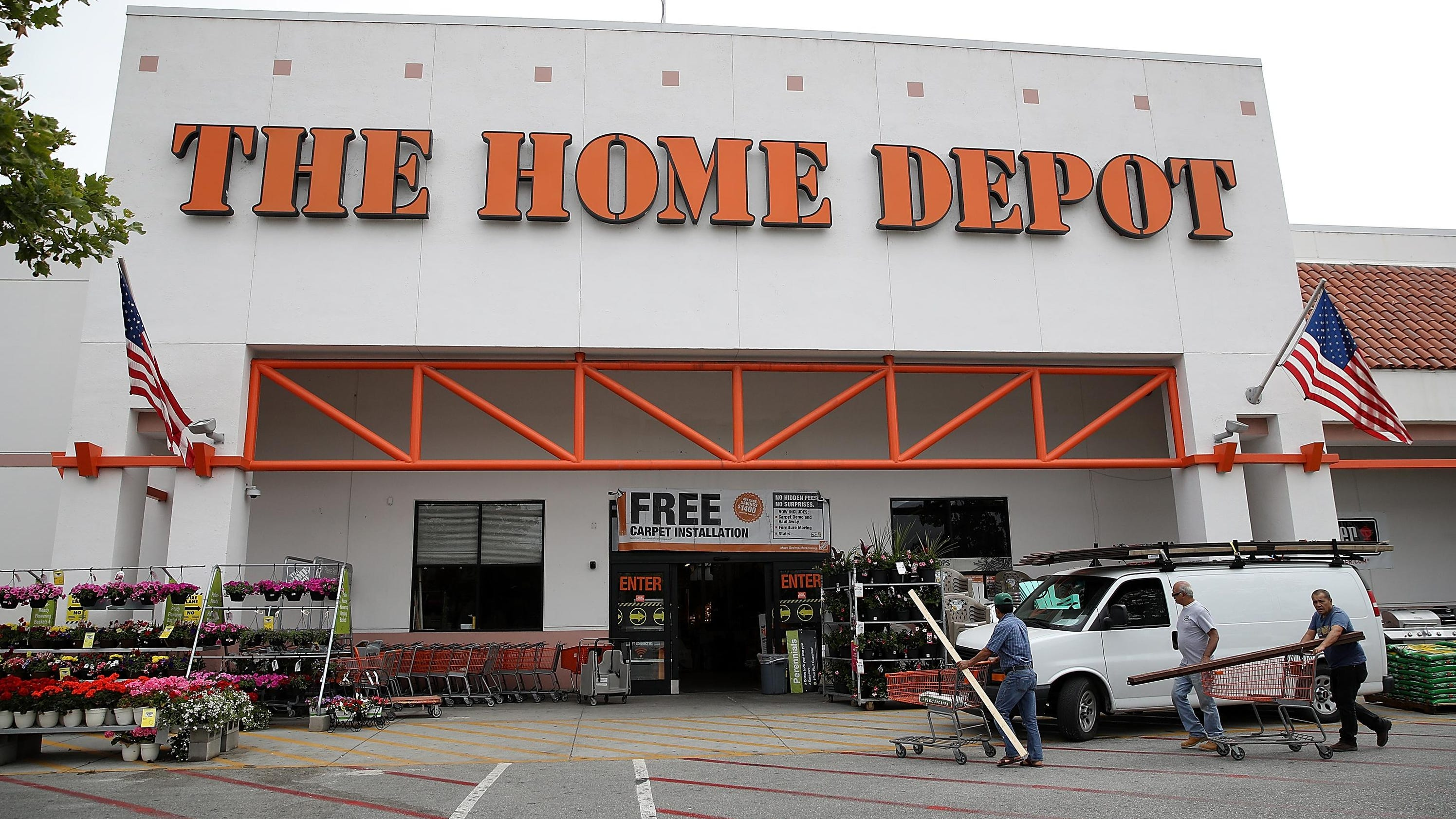 Home Depot prospers from steady DIY project spending