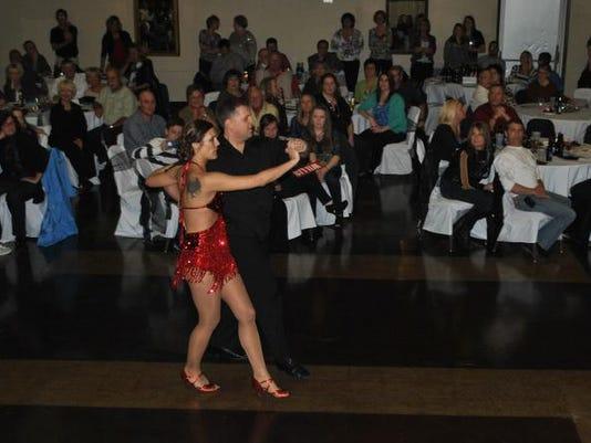 FRE 0311 dancing