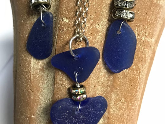 A perfect sea glass set for a perfect summer night.