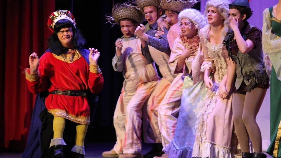 Metros 2014: Life, it turns out, is a cabaret