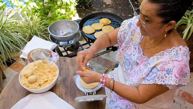 Los Dos, a Yucatan cooking school in the colonial city of Merida, Mexico, brings students face to face with local people and culture.