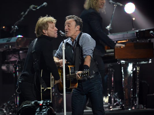 Bon_Jovi_Springsteen_081715