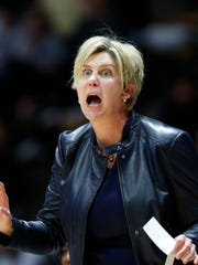Minnesota head coach Marlene Stollings shouts instructions to the Golden Gophers as they battle Purdue Thursday, February 8, 2018, at Mackey Arena. Purdue fell to Minnesota 78-74.