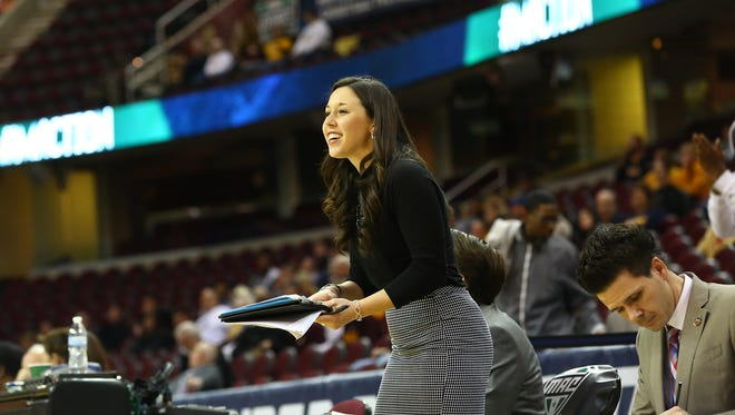 Carly Thibault joins Vic Schaefer's staff at Mississippi State the school announced on Monday.