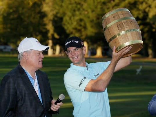 Johnny Miller gives Brendan Steele the Big Keg