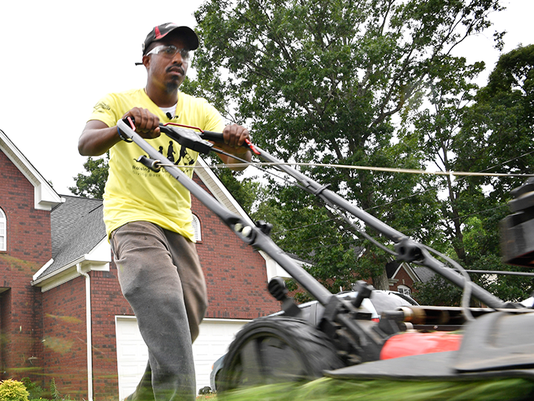 VIDEO THUMBNAIL - Mowing lawns for veterans