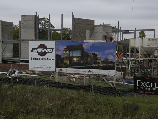 Choice Bank is under construction at State 21 and Emmers