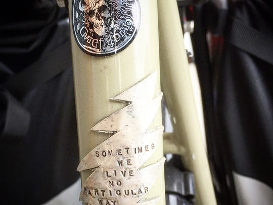 The front of Jason Czora's bicycle includes the Grateful