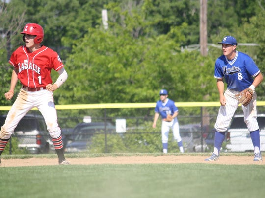 La Salle senior Andrew Sexton (1) gets a lead off second