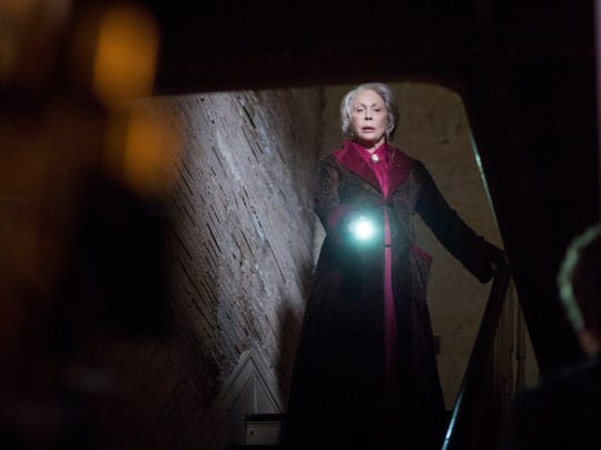 "Faye Dunaway goes the horror-movie route in ""The Bye"