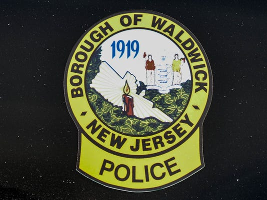 Webkey_Waldwick_police crest.JPG