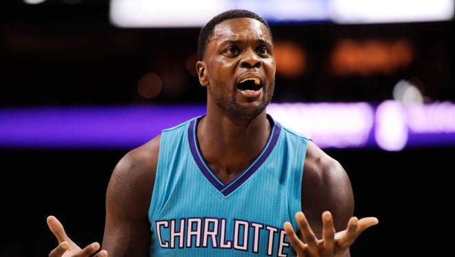 Charlotte Hornets guard Lance Stephenson (1) complains after being called for a foul during the second half of the game against the Golden State Warriors at Time Warner Cable Arena.